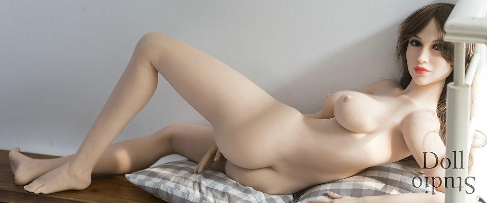 YL Doll YL-170 body style with ›Elsa‹ head (Jinsan no. 201)